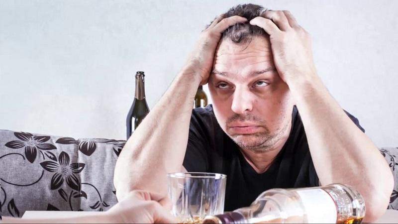 """Разбираемся в вопросе """"Виновата ли жена, если муж пьёт?"""""""