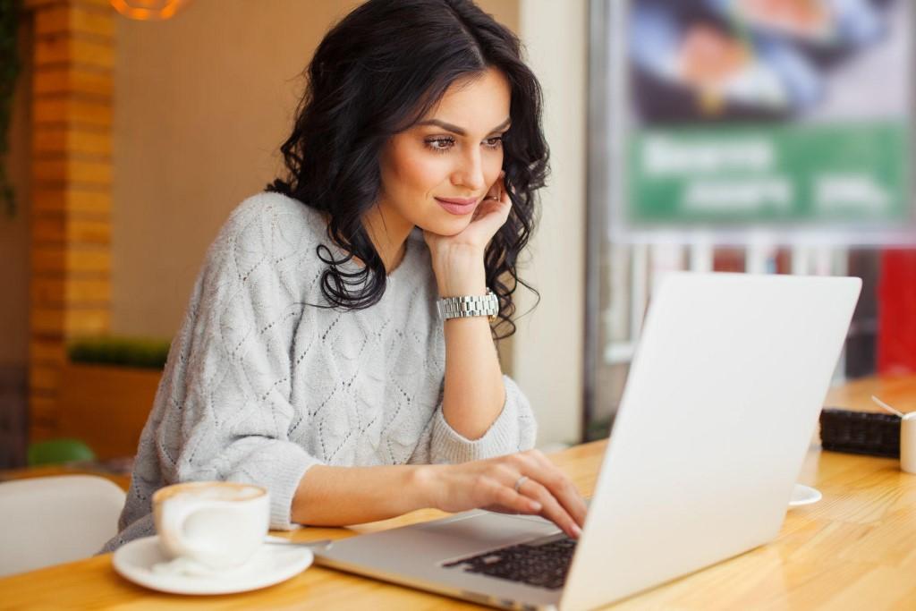 Как найти богатого папика: способы поиска и привлечения внимания