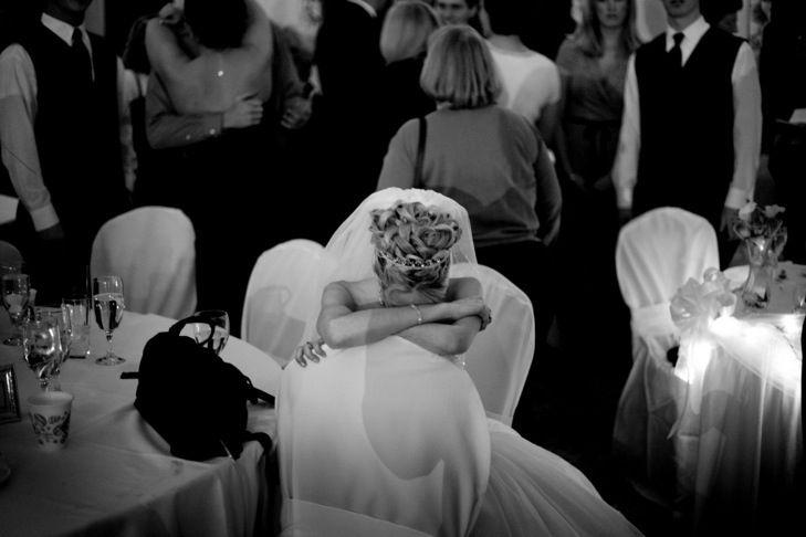 Свадьбу после похорон -можно ли её играть в этот период по мнению психологов, священников и ведущих торжеств