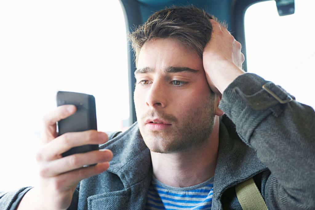 Что делать, если парень перестал отвечать на сообщения и почему это происходит