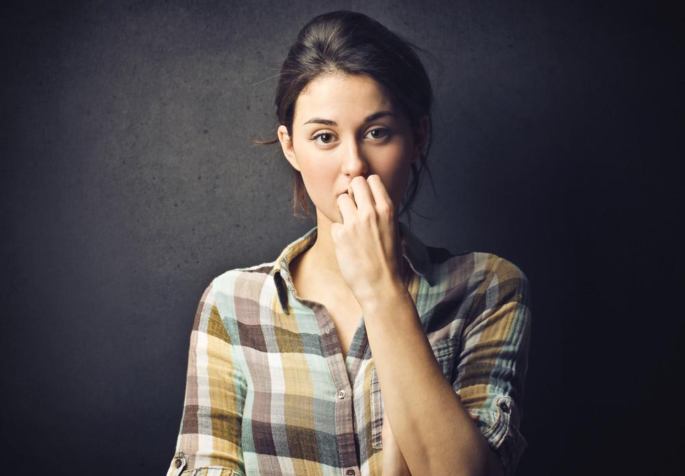 Почему муж смотрит на других девушек и что с этим делать