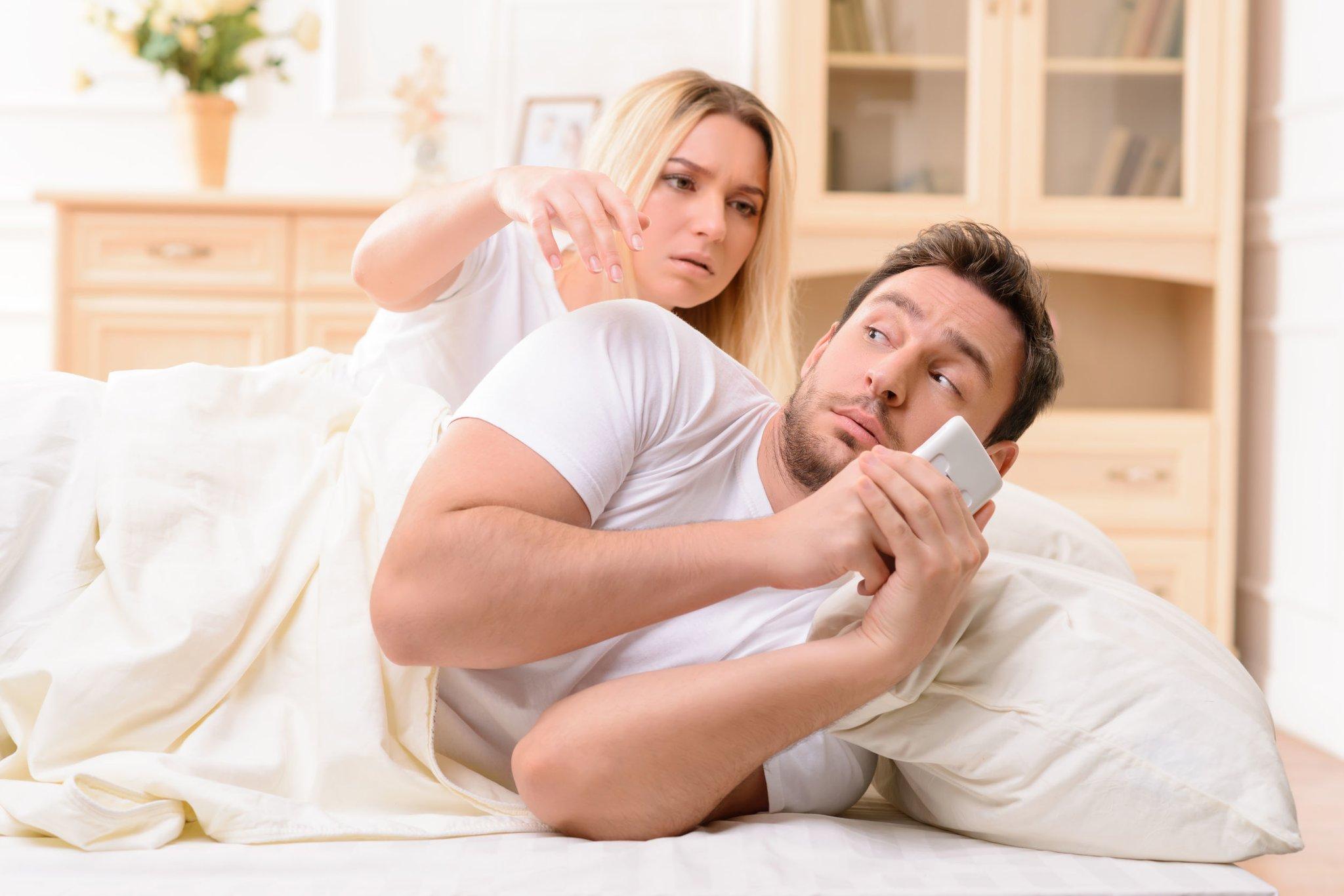 Причины, почему мужчина изменяет и популярные мифы о неверности
